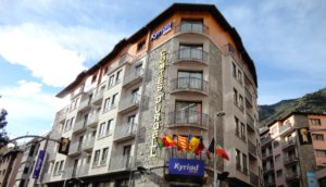 Hotel Kyriad Comtes D´Urgell