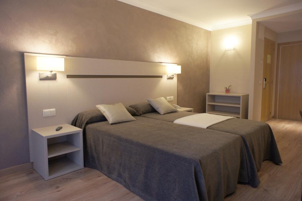 Hotel Y Apartcosmos