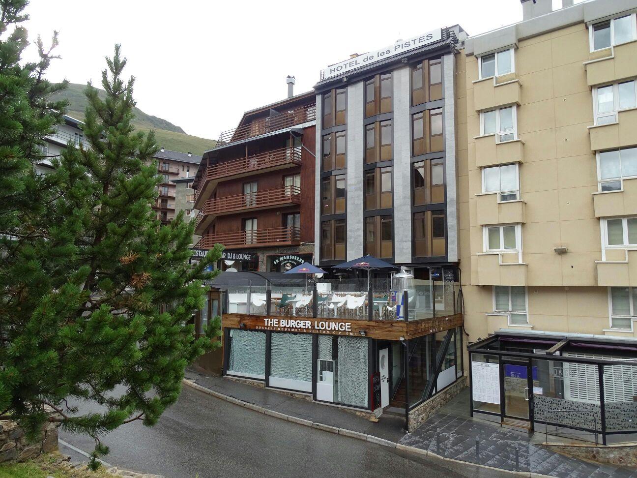 Hotel De Les Pistes