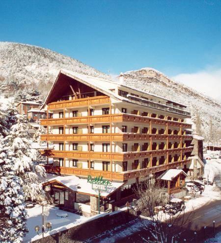 Hotel Rutllan Hotel & Spa