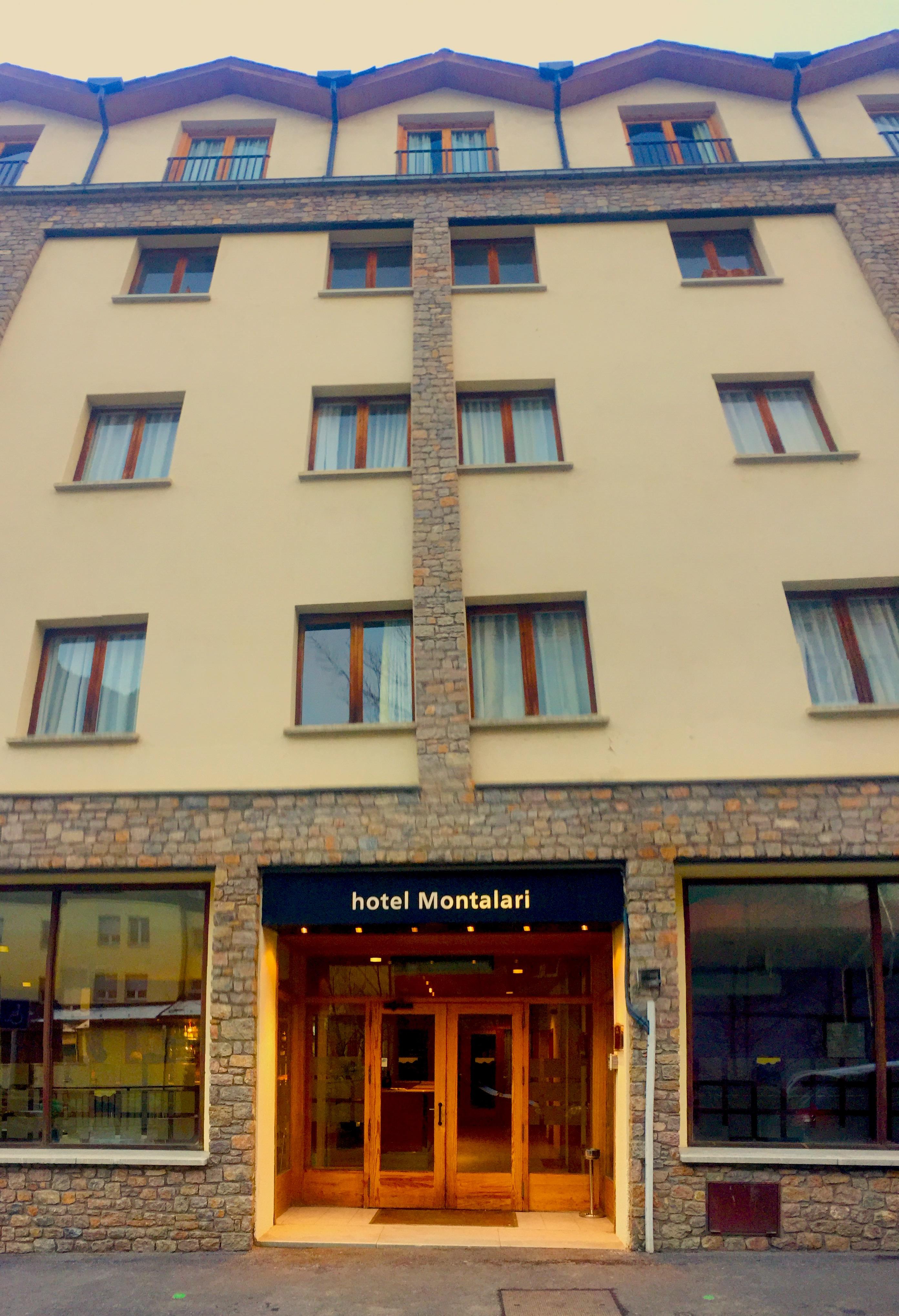 Hotel Holastays Hotel Montalari